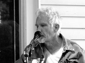 Photo_Jif,Porchfest,20150927,Johnny Dowd